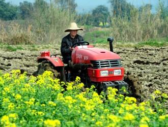 农业机械化时代如何实现向智慧农机的跨越